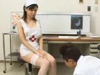 Von der Krankenschwester angepisst